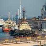 Старый маленький корабль в порт - буксир - Украина, Одесса, 17,10,2019-594