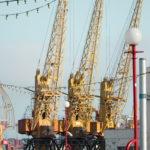 Краны на разгрузке в порту - Украина, Одесса, 17,10,2019-468