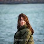 Портрет девушки, кто ходит в порт по воде - Украина, Одесса, 09,11,2019