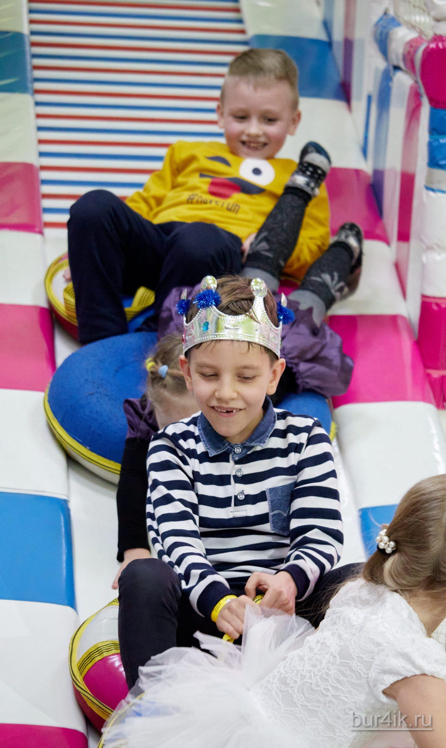 Фото Детское День Рождения в Детский Дворик 15.01.2020 №304 -photo- bur4ik.ru